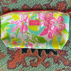 Cute Colorful Floral Lilly Pulitzer Makeup Bag